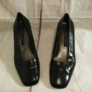 Women's Shoes Nine West Size 8 1/2M (239)